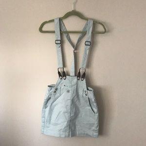 Jean skirt with suspenders